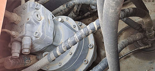 二手日立挖掘机回转马达和主控阀实拍图371
