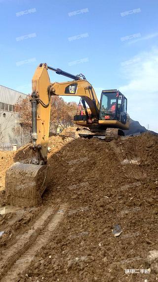 江苏-徐州市二手卡特彼勒320D2液压挖掘机实拍照片