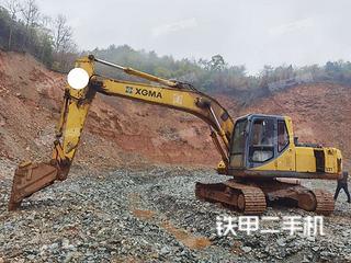 廈工XG821挖掘機實拍圖片