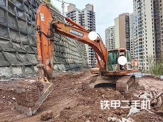 巴中斗山DH225LC-7挖掘機實拍圖片
