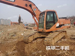 斗山DH225LC-7挖掘機實拍圖片