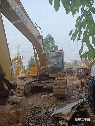 佛山加藤HD820挖掘機實拍圖片