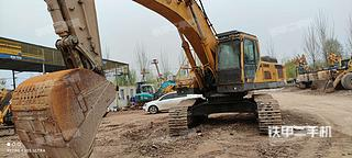山東臨工E6460F挖掘機實拍圖片