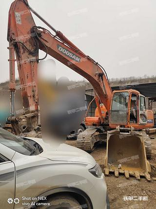 隴南斗山DH225LC-7挖掘機實拍圖片
