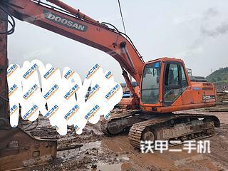 達州斗山DH215-9挖掘機實拍圖片