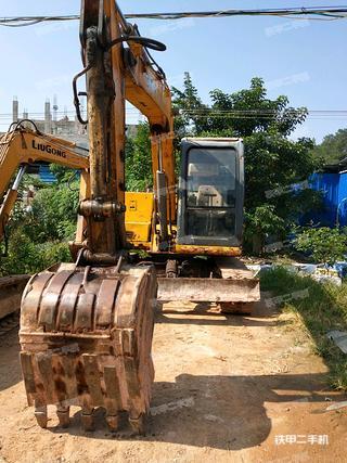 徐工XE80D挖掘機實拍圖片