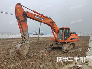 安徽-蚌埠市二手斗山DH215-9E挖掘机实拍照片