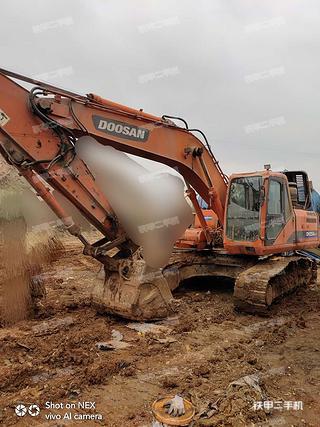 臨夏斗山DH225LC-9挖掘機實拍圖片