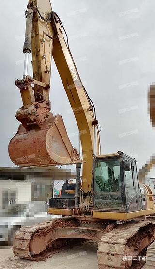 云南-昆明市二手卡特彼勒326D2L液压挖掘机实拍照片