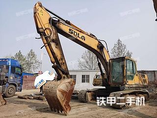 安阳山东临工LG6210挖掘机实拍图片
