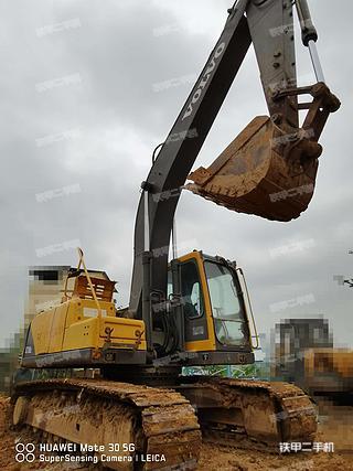 广西-南宁市二手沃尔沃EC210B挖掘机实拍照片