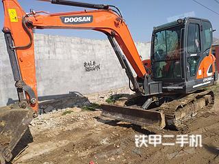 日照斗山DX55-9C挖掘机实拍图片