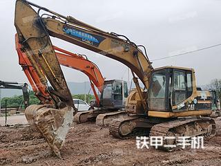 卡特彼勒320BU挖掘機實拍圖片