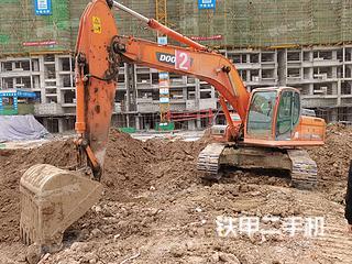 河南-驻马店市二手斗山DX260LC挖掘机实拍照片