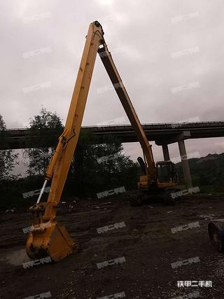 安康小松PC220-7挖掘机实拍图片