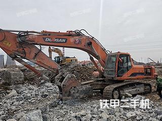 淄博斗山DH420LC-7挖掘机实拍图片
