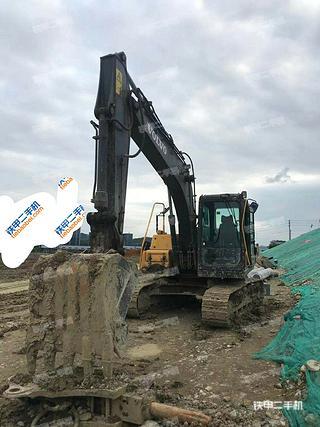 玉林沃爾沃EC120D挖掘機實拍圖片