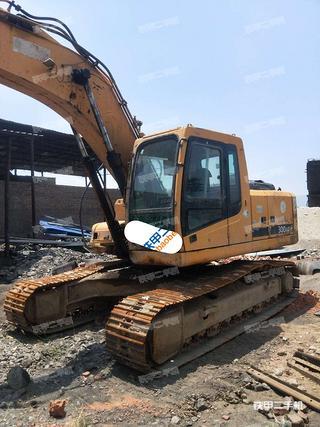 楚雄現代R225LC-7挖掘機實拍圖片