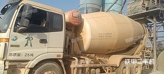 昆明雷萨重机L8系列12方搅拌运输车实拍图片