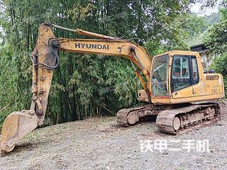 现代R150LC-7挖掘机实拍图片