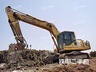 小松PC220-8挖掘機實拍圖片