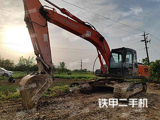 日立ZX210LC-3G挖掘机实拍图片