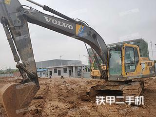 襄陽沃爾沃EC210B挖掘機實拍圖片