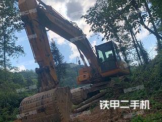 龍工LG6220D挖掘機實拍圖片