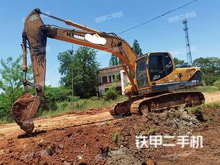 现代R215-9挖掘机实拍图片