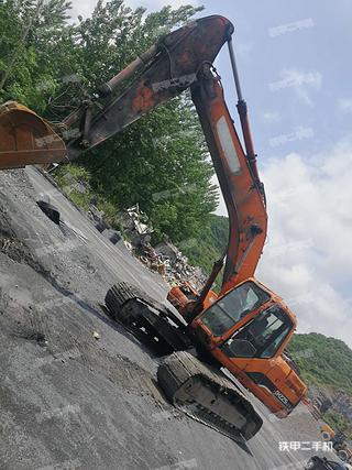 婁底斗山DH225LC-9挖掘機實拍圖片