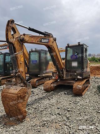 三一重工SY55C挖掘机实拍图片
