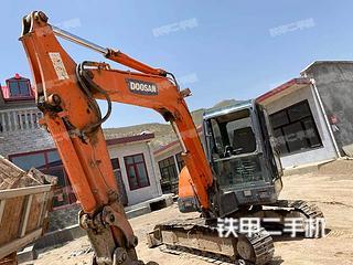 固原斗山DH60-7挖掘机实拍图片