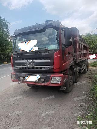 包头福田欧曼8X4工程自卸车实拍图片