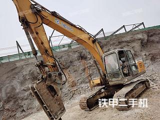 徐州徐工XE210挖掘机实拍图片