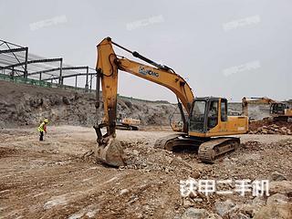 徐州徐工XE215C挖掘机实拍图片
