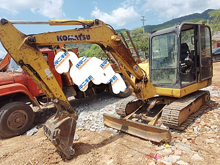 二手小松挖掘机左前45实拍图161
