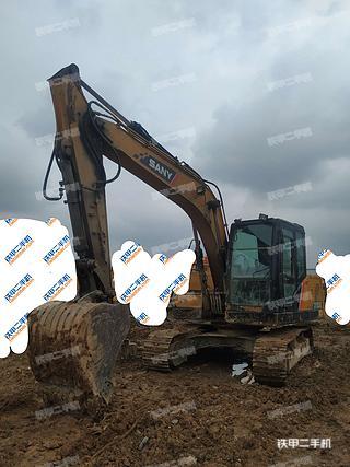三一重工SY135C挖掘機實拍圖片
