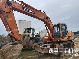 斗山DH210W-7挖掘機實拍圖片