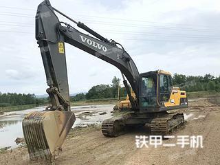 沃爾沃EC220DL挖掘機實拍圖片