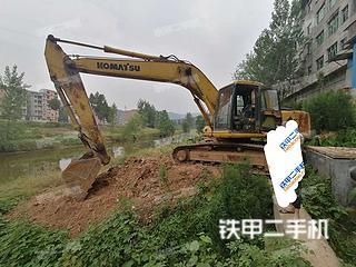 小松PC220-6挖掘機實拍圖片