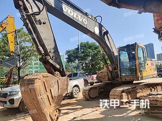 广西-贺州市二手沃尔沃EC210B挖掘机实拍照片
