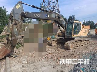 平頂山沃爾沃EC240BLC挖掘機實拍圖片