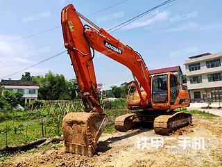 斗山DH215-7挖掘機實拍圖片