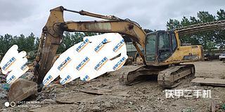 柳工CLG225C挖掘機實拍圖片