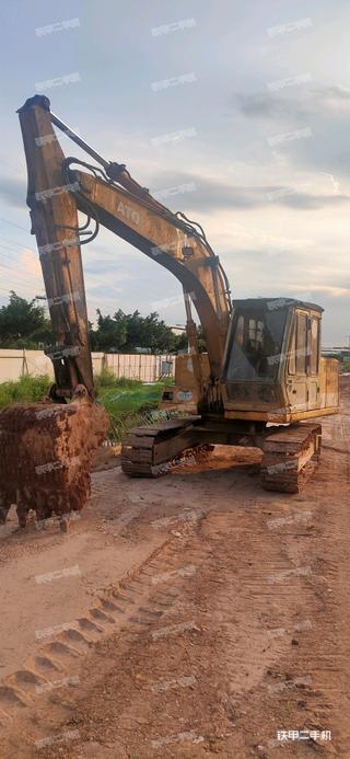 广州加藤HD450VII挖掘机实拍图片