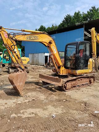雷沃重工FR65-7挖掘機實拍圖片