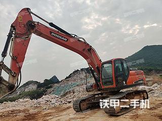 斗山DX220LC-9C挖掘機實拍圖片