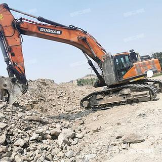 斗山DX500LC-9C挖掘機實拍圖片