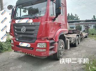 中國重汽8X4平板運輸車實拍圖片