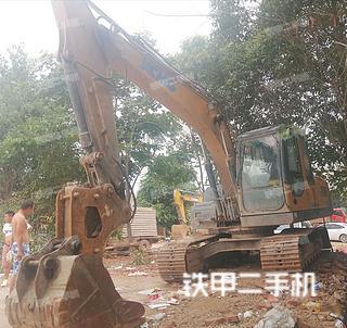 陕西-西安市二手徐工XE150D挖掘机实拍照片